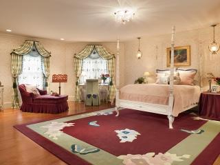 Traditional Interior Design - Grand Mansion Girls Room