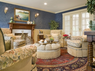 Traditional English Living Room with a Twist 02