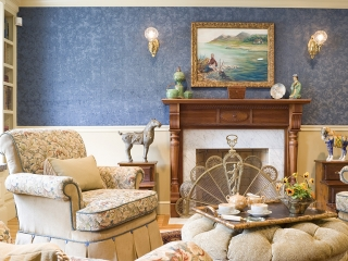 Traditional English Living Room with a Twist 03