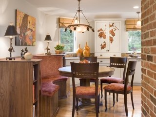 Kitchen dining area, a built in booth utilizing Transitional Interior Design