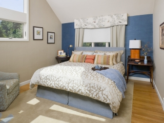 Bedroom utilizing Transitional Interior Design